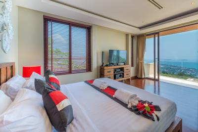 Chaweng-Sea-View-Villa-For-Sale-Samui-Bedroom-3