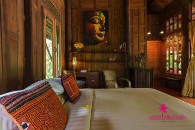 Five-Islands-Beachfront-Villa-Ko-Samui-Bedroom-2