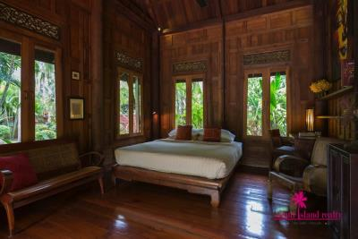Five-Islands-Beachfront-Villa-Ko-Samui-Bedroom