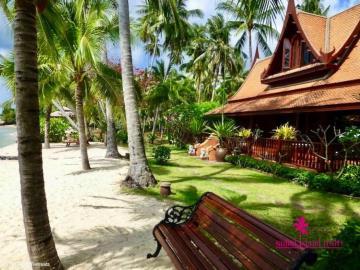 Five-Islands-Beachfront-Villa-Ko-Samui-Front