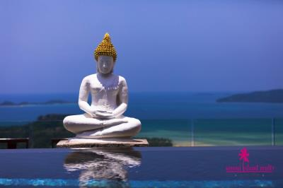 Villa-Nirvana-Ko-Samui-Pool-Buddha