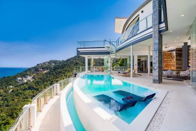 Villa-Seawadee-Ko-Samui-Pool-Loungers