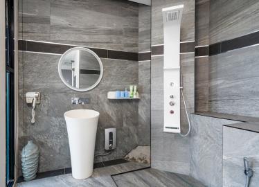 Villa-Seawadee-Ko-Samui-Shower