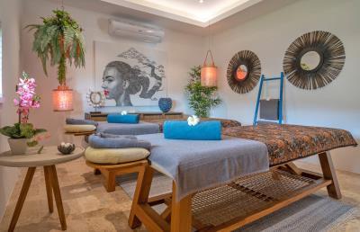 Villa-Aruna-Ko-Samui-Spa-Room