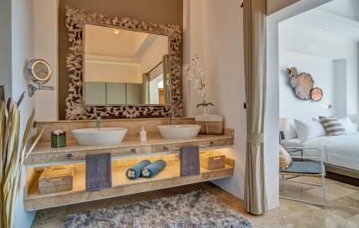 Villa-Aruna-Ko-Samui-Bathroom