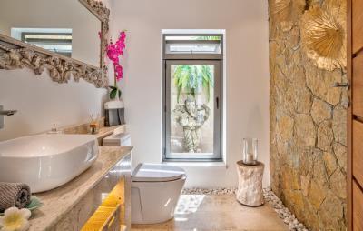 Villa-Aruna-Ko-Samui-Guest-Toilet