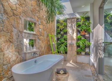 Villa-Aruna-Ko-Samui-Bathtub