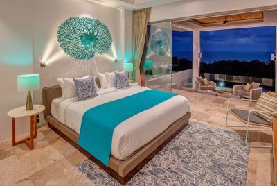 Villa-Aruna-Ko-Samui-Bedroom-Night