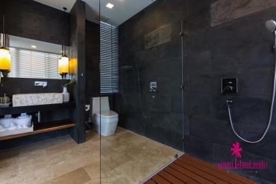 Villa-Suma-Beachfront-Property-Ko-Samui-Shower