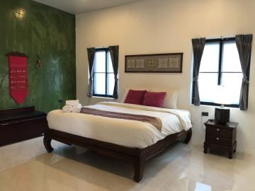 Lamai-Pool-Villa-For-Sale-Bedroom