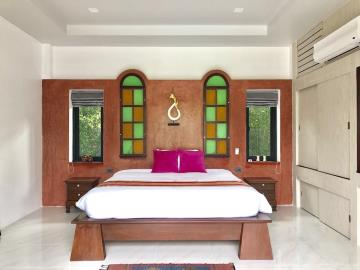 Lamai-Pool-Villa-For-Sale-Bedroom-3