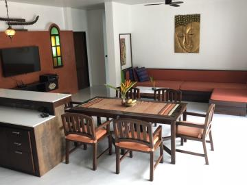 Lamai-Pool-Villa-For-Sale-Dining