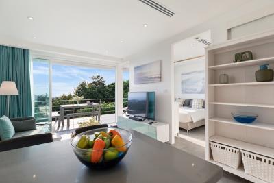 Unique-Residences-Luxury-Apartment-Living