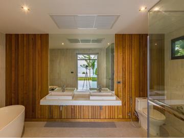 Baan-Talay-Beach-Villas-Bathroom
