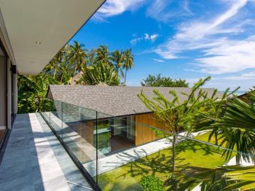 Baan-Talay-Beach-Villas-Balcony