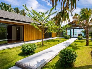 Baan-Talay-Beach-Villas-Walkway