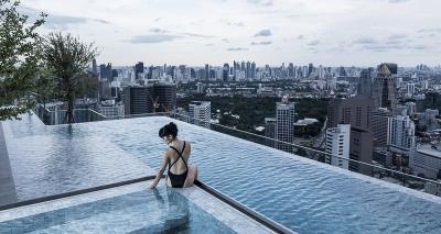 Ashton-Chula-Silom-Condo-Pool