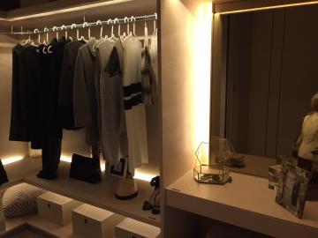 Ashton-Silom-Wardrobe