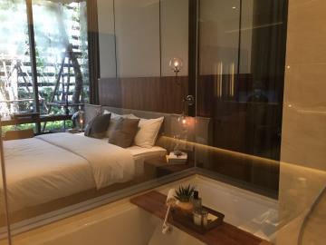 Ashton-Silom-Condominium-Bathroom