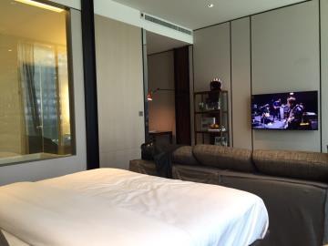 Ashton-Silom-Condominium-Bedroom-Lounge