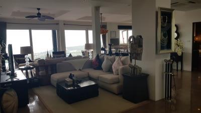 Bophut-Ocean-View-Villa-Living