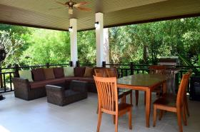 Image No.2-Villa de 3 chambres à vendre à Maenam