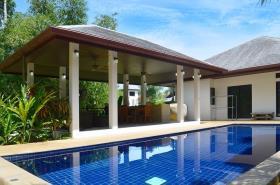 Image No.0-Villa de 3 chambres à vendre à Maenam