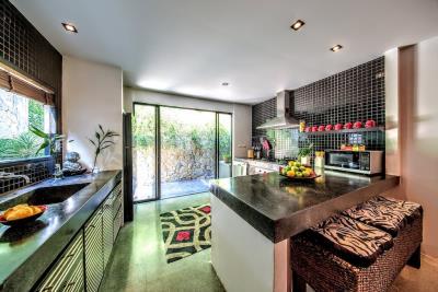 Villa-Kensho-Ko-Samui-Kitchen