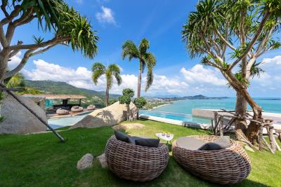 Ko-Samui-Luxury-living-At-Its-Best-Garden-Front