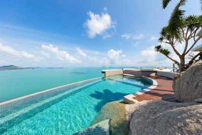 Ko-Samui-Luxury-living-At-Its-Best-Pool