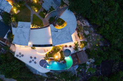 Ko-Samui-Luxury-living-At-Its-Best-Aerial