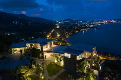 Ko-Samui-Luxury-living-At-Its-Best-View-Night