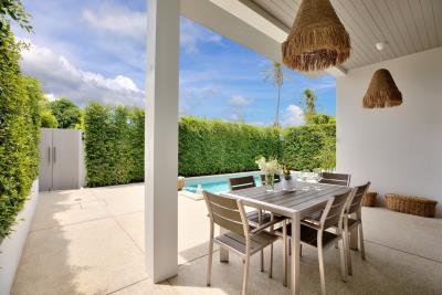 New-Bangrak-Pool-Villa-Outdoor-Dining