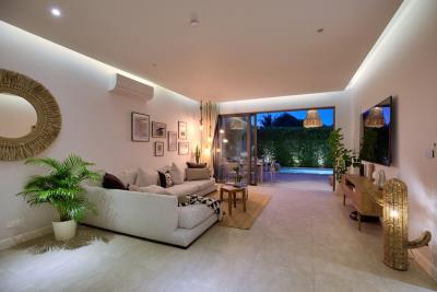 New-Bangrak-Pool-Villa-Living-Night