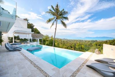 Sea-View-Luxury-Property-Infinity-Pool