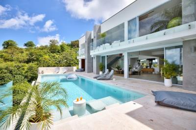 Sea-View-Luxury-Property-Pool