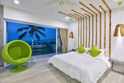 Sea-View-Luxury-Property-Bedroom-Night
