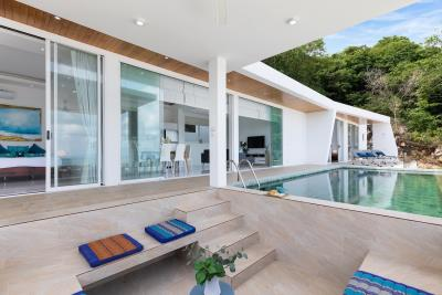 Villa-Blue-Munii-Outdoor-Area