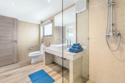 Villa-Colibri-Ko-Samui-Bathroom
