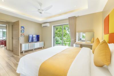 Villa-Colibri-Ko-Samui-Bedroom-1