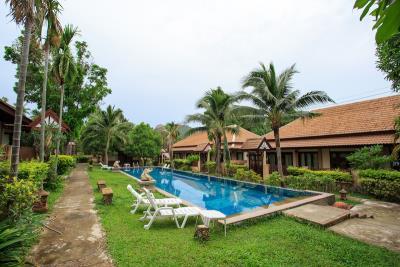 Bophut-Three-Bedroom-Duplex-Villa-Gardens