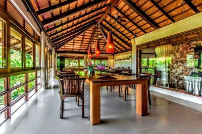 Bali-Villa-Dining