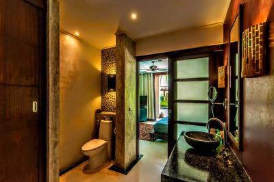 Bali-Villa-WC