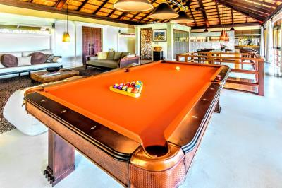 Bali-Villa-Pool-Table