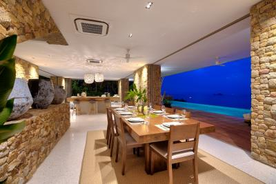 Villa-Baan-Sang-Ko-Samui-Living-Night