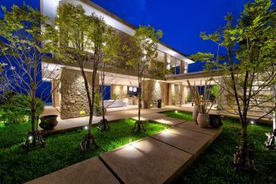 Villa-Baan-Sang-Ko-Samui-Garden-Night