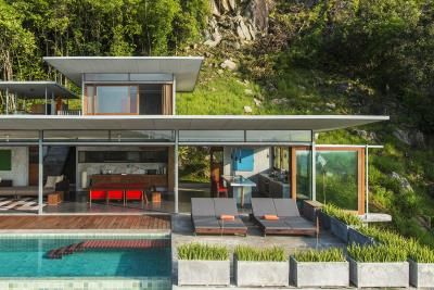 The-Naked-House-Sun-Loungers