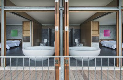 The-Naked-House-Egg-Shell-Bathtubs