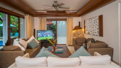 Baan-Leelavadee-Living-Room
