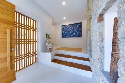 Luxury-Villa-Samui-Entrance